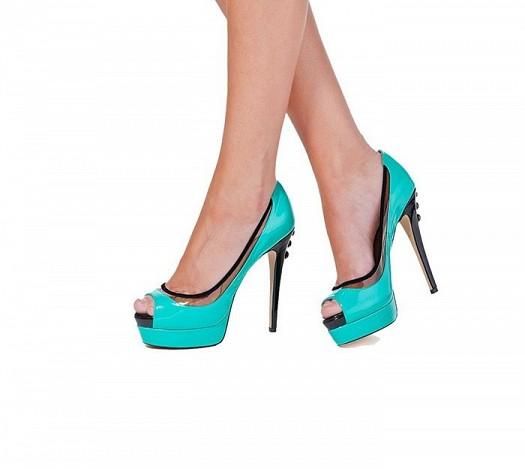 Parıltılı Şeffaf Uzun Topuklu Şık Gece Hayatı Ayakkabı Modelleri
