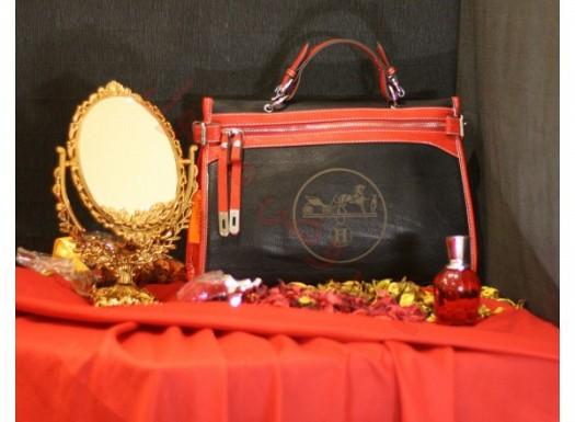 Kırmızı Siyah Renkli Şık Bayan Çanta Modelleri