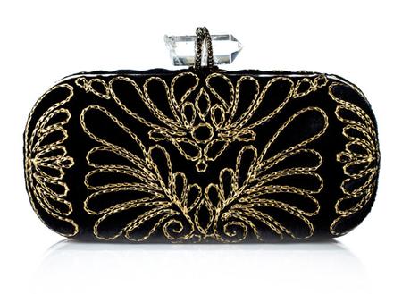 Siyah Motif Desenlerle Süslü Bayan El Cüzdanı Modelleri