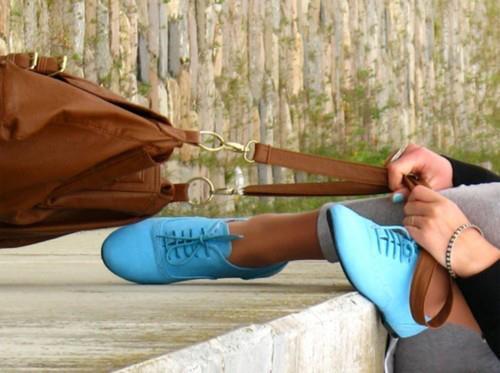 Bağcıklı Mavi Spor Ayakkabı Kombinleri Oxford