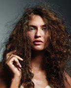 Elektriklenen saçlara öneriler