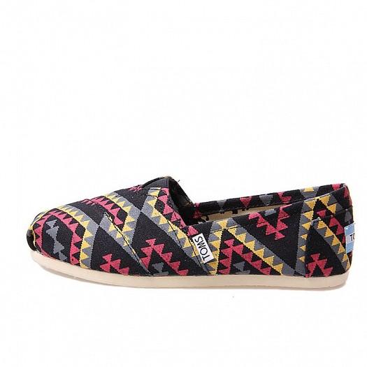 Toms Siyah Etnik Desenli Kadın Ayakkabı Modelleri