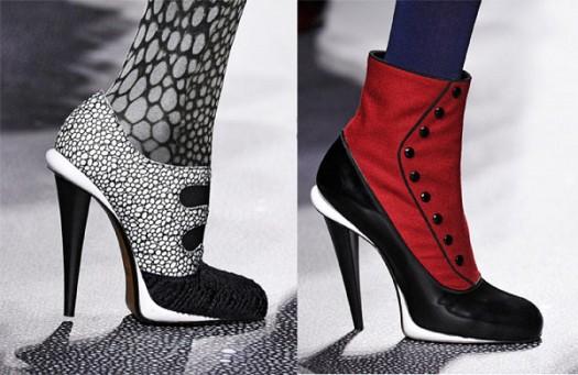 Fendi Desenli Yüksek Topuk Bayan Ayakkabı Modelleri