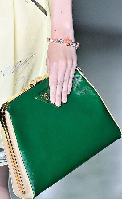 Prada İlkbahar Yaz Yeşil Bayan Çanta Modelleri