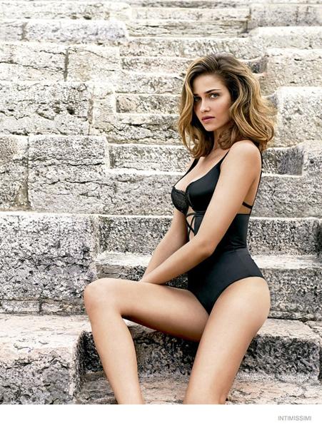 Ana Beatriz Barros Siyah Mayo Tarzı Intimissimi İç Çamaşırı Modelleri