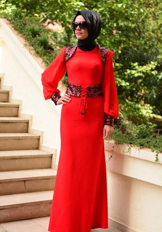 Kırmızı Payet Süslemeli Şık Tesettür Abiye Elbise Modelleri