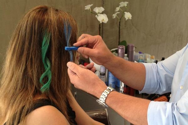 Saç tebeşiri saç boyama