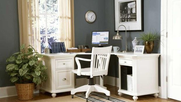çalışma-masası-beyaz