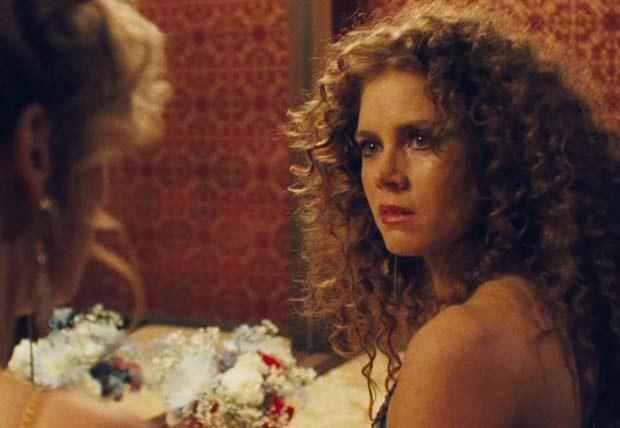 Amy-Adams-kıvırcık-saç-modeli-2