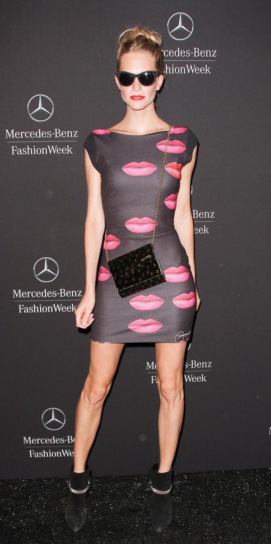 Sıfır Kollu Dudak Baskılı İlkbahar Yaz Elbise, Kıyafet Modelleri