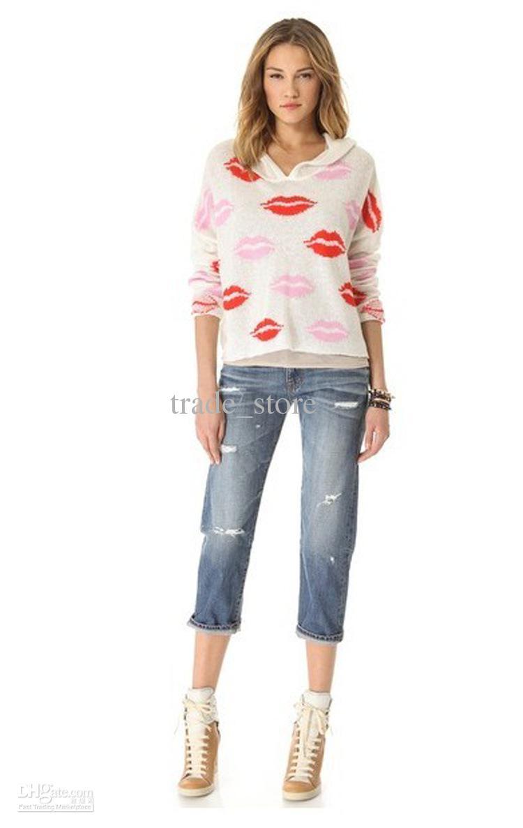 Beyaz Dudak Baskılı Bayan Bluz Modelleri