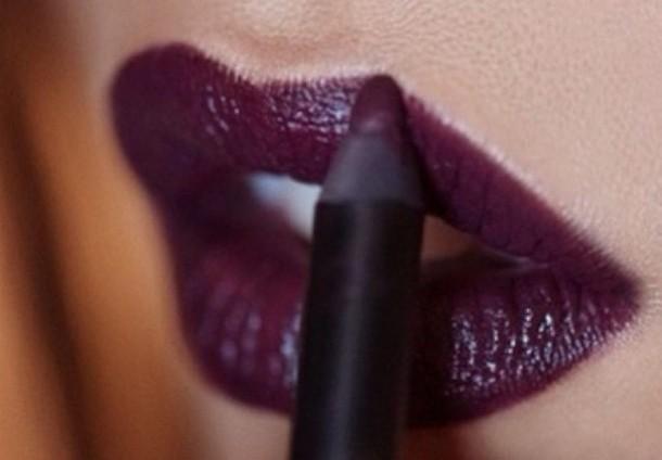 mor-dudaklı-ruj-analiz