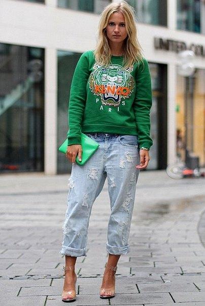 Yeşil Kenzo Kaplan Sweatshirt, Jean (Kot) Pantolon Kombinleri
