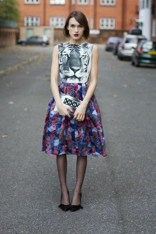 Hayvan Figürlü Kolsuz Elbise Sokak Kombinleri