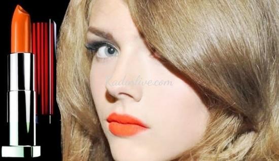 Açık turuncu ruj rengi