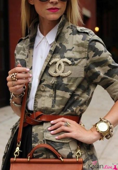 Sokak Modası Kamuflaj Ceket Üzerine Kemer Kombinleri