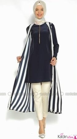 Dikey Çizgili Tesettür Elbise