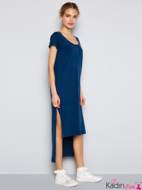Saks Mavisi Arkası Uzun, Önü Kısa Yırtmaçlı Yazlık Elbise Modelleri