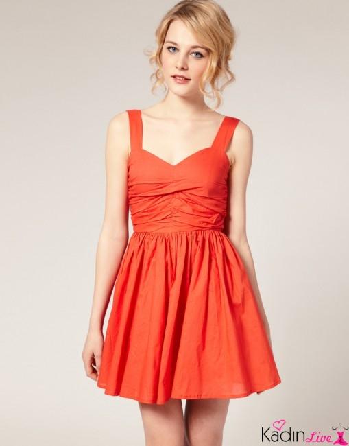 Turuncu Renkli Askılı Yazlık Kısa Elbise Modelleri