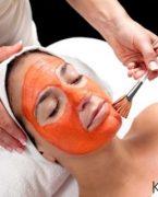Cilde parlaklık veren domates maskesi