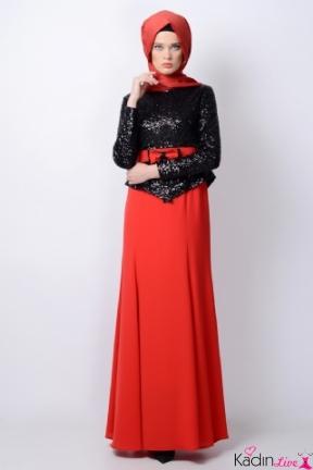 Tozlu Kırmızı Siyah Tesettür Elbise Modelleri