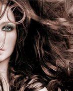 Yılan yağı ile saçlara bakım