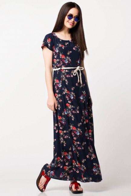 d052e401a111e Defacto 2018-2019 yaz moda trendleri arasında yer alan çiçek detaylı elbiseler  Defacto 2018-2019 koleksiyonunda karşımıza çıkıyor.