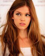 Açık karamel saç rengi en çok kimlere yakışır
