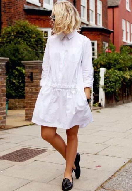 Trend beyaz elbise gömlek kombini