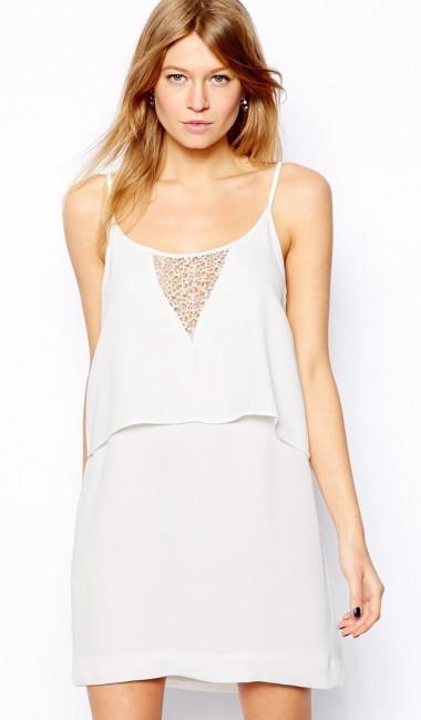fbcdbc1483eeb Yazlık şık ve rahat beyaz elbiseler - Kadinlive.com