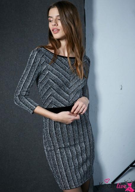 Bershka Kadife Işıltılı Bel Dekolteli Elbise Modelleri