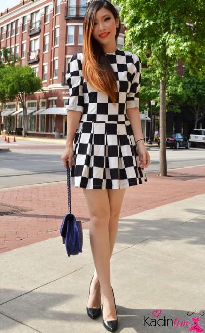 Dama Desenli Diz Üstü Kısa Elbise Modeli