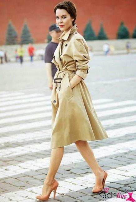 Trençkot Elbise Tarzı Giyim Kombini