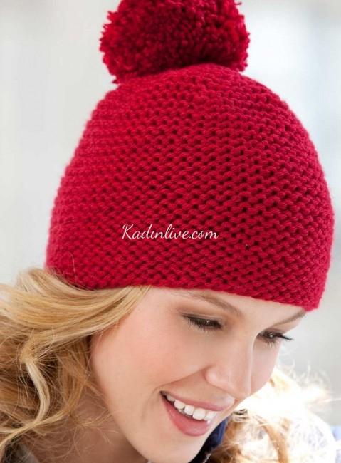 Pompomlu Kırmızı Bayan Örgü Şapka Modelleri