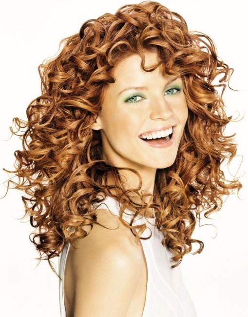 Harika Kıvırcık Saç Modelleri Moda