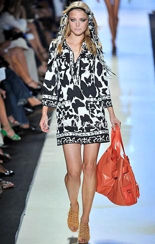 Şıklık ve Zarafetin Simgesi Anvelop Elbise Modeli