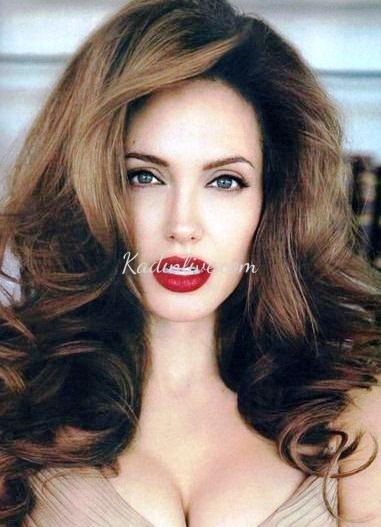 Koyu Kumral Balyajlı Saç Renkleri Ve Dalgalı Saç Modeli Kadinlivecom